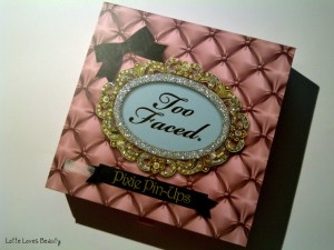 Too Faced Pixie Pin-Ups Palette