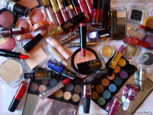 Make-up producten voor een complete Kerstlook