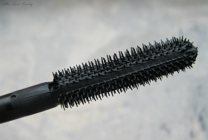 Essence I Love Extreme Crazy Volume Mascara