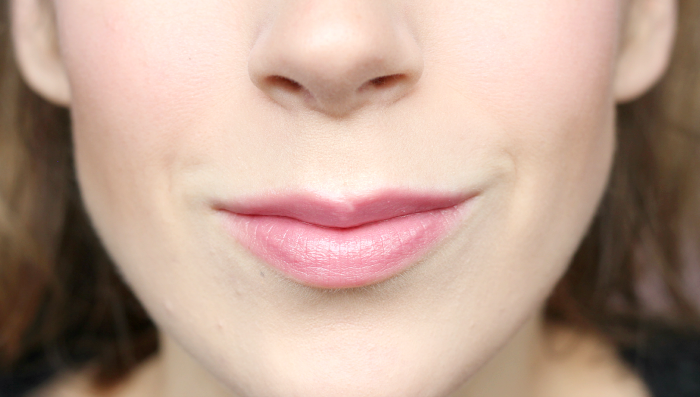 mac syrup lustre lipstick 2