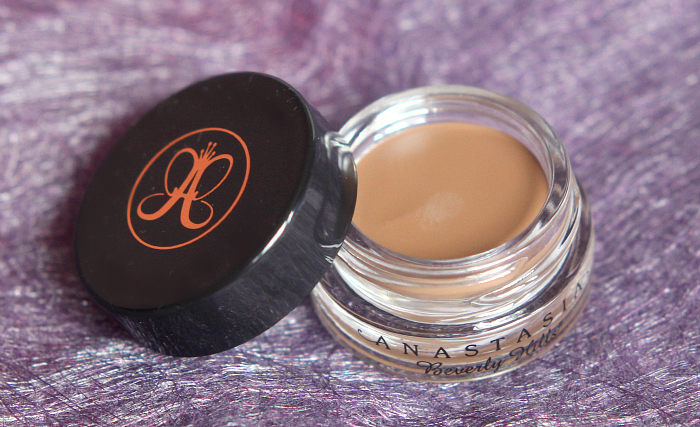 Anastasia Beverly Hills Dipbrow Pomade 4