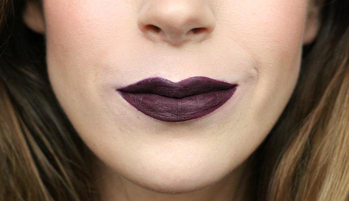 6x Donkere lipstick