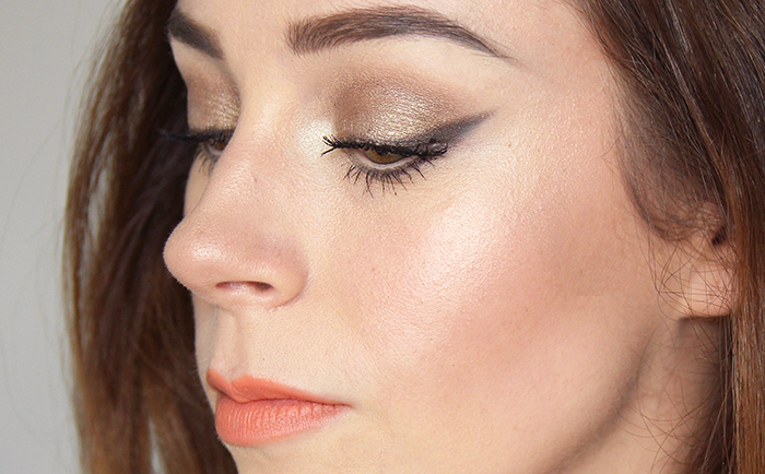 MUA Luxe Shimmer Highlight Stick