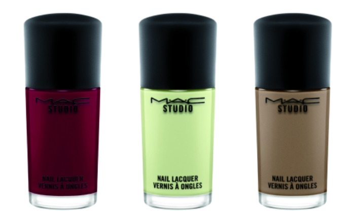 mac it's a strike nail lacquer