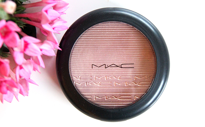 MAC Extra Dimension Skinfinish Beaming Blush 1