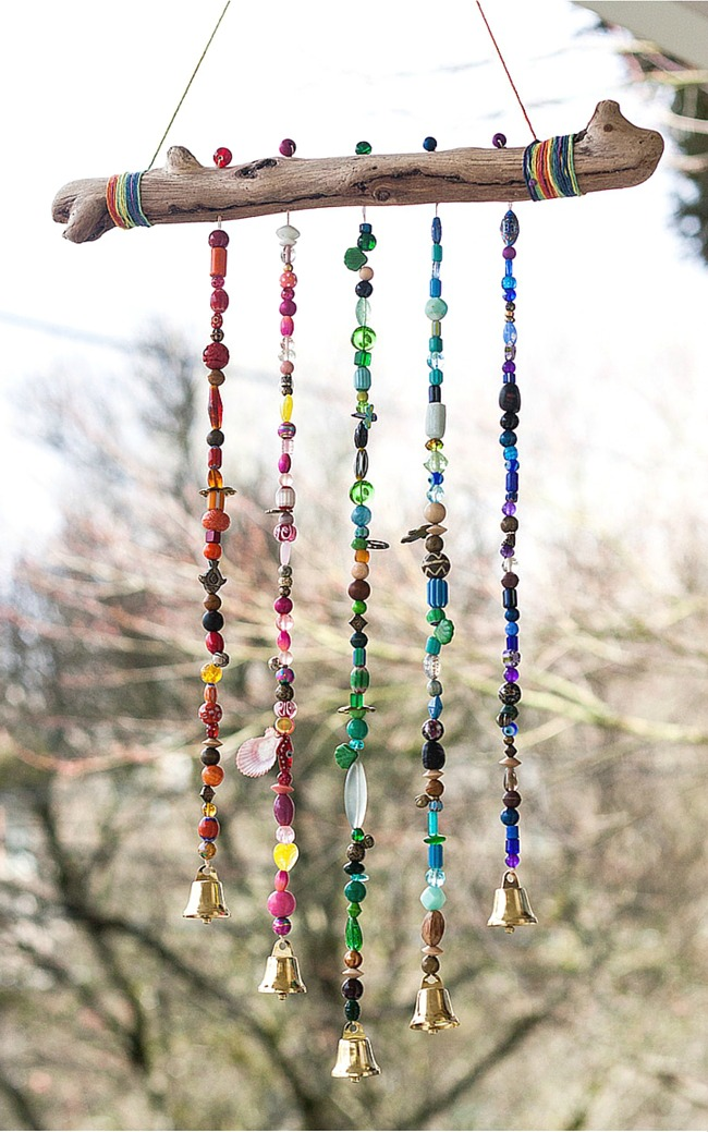 How-to-make-a-sparkling-bead-wind-chime-with-bells